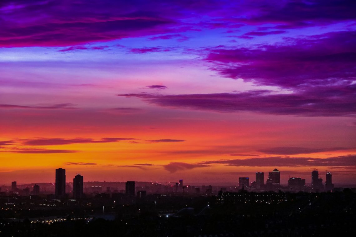 London Quotes Hero - Sunrise over the City