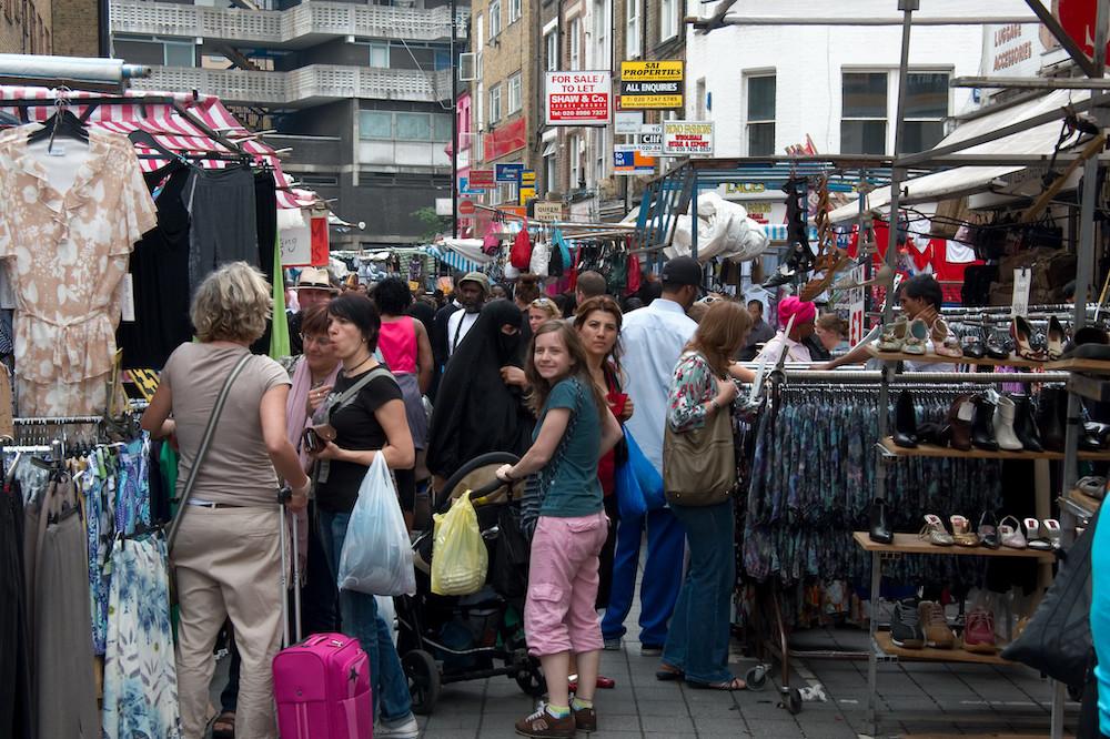 London Markets - Petticoat Lane - Mario Sánchez Prada via Flickr