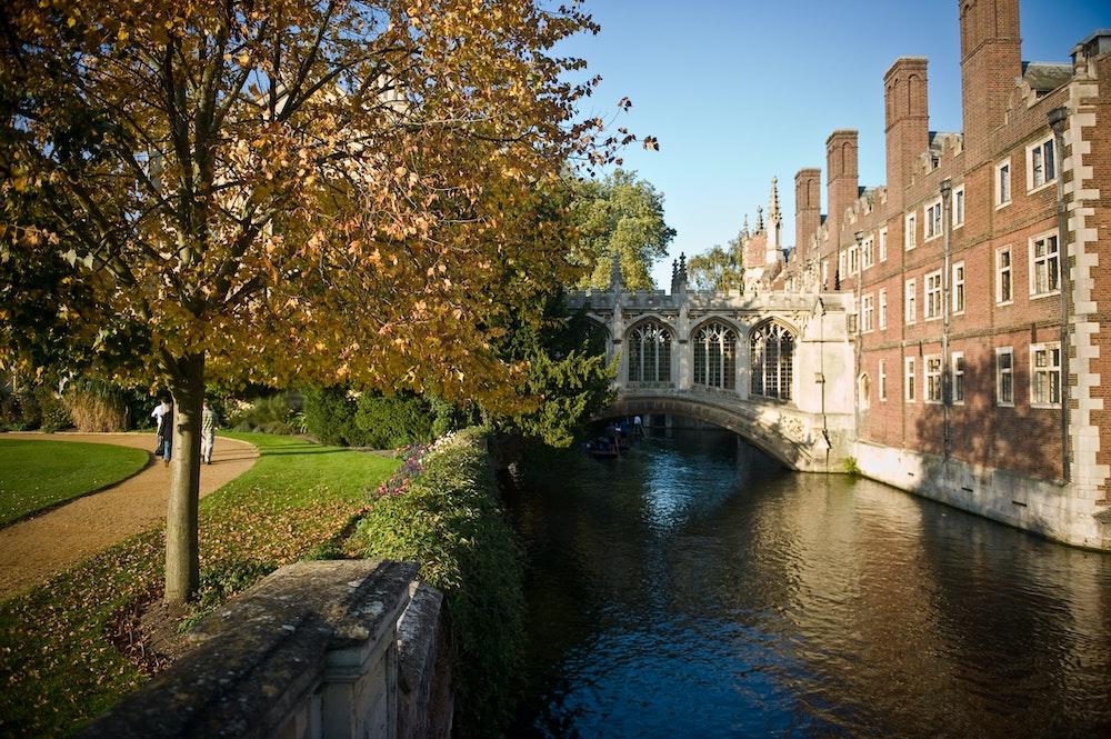 Cambridge Day Trip - Bridge of Sighs