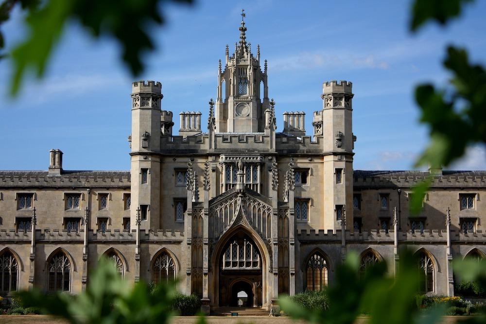 Cambridge Day Trip Hero