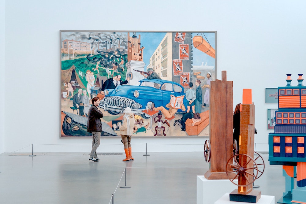 London on a Raniy Day - Tate Modern